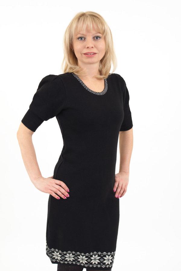 Платье шерстяное черное