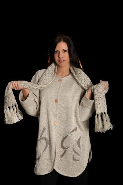 Пончо-пальто укороченное демисезонное
